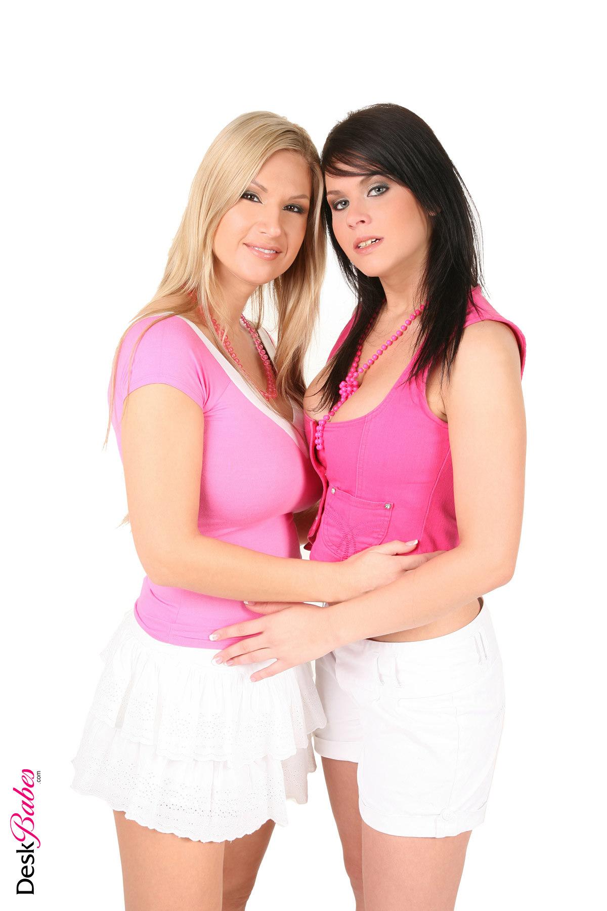Carol G Amp Jordan Duo Deskbabes Girls